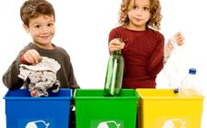 дети и раздельный сбор мусора и экономия энергии на вторсырье